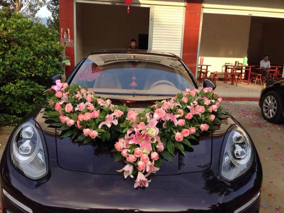 9月3日合肥良友保时捷主婚车携新款奥迪a6l来到金寨县